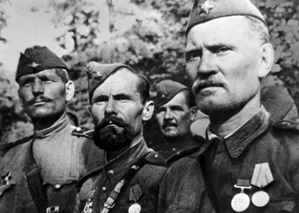 Vojáci Rudé armády během 2. světové války, 1943