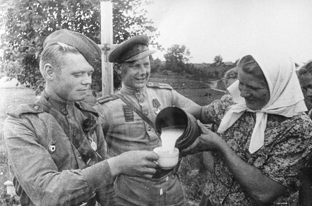 Riga po osvobození, 1944