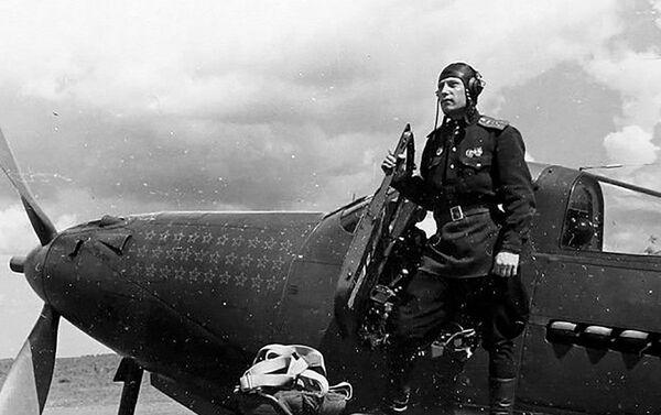 Legendární eso, velitel 9. gardové letecké gardy, plukovník Alexandr Ivanovič Pokryškin - Sputnik Česká republika