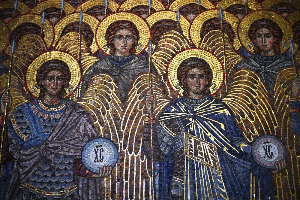 Mozaika v chrámu Ozbrojených sil Ruské federace.