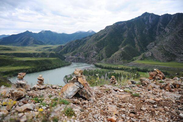 Ústí řeky Čuji do Katuně v Altaji - Sputnik Česká republika
