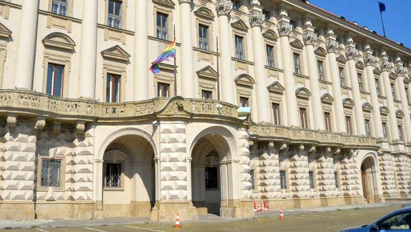 Ministerstvo zahraničních věcí vyvěsilo vlajku LGBT - Sputnik Česká republika