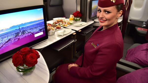 Letuška Qatar Airways  - Sputnik Česká republika