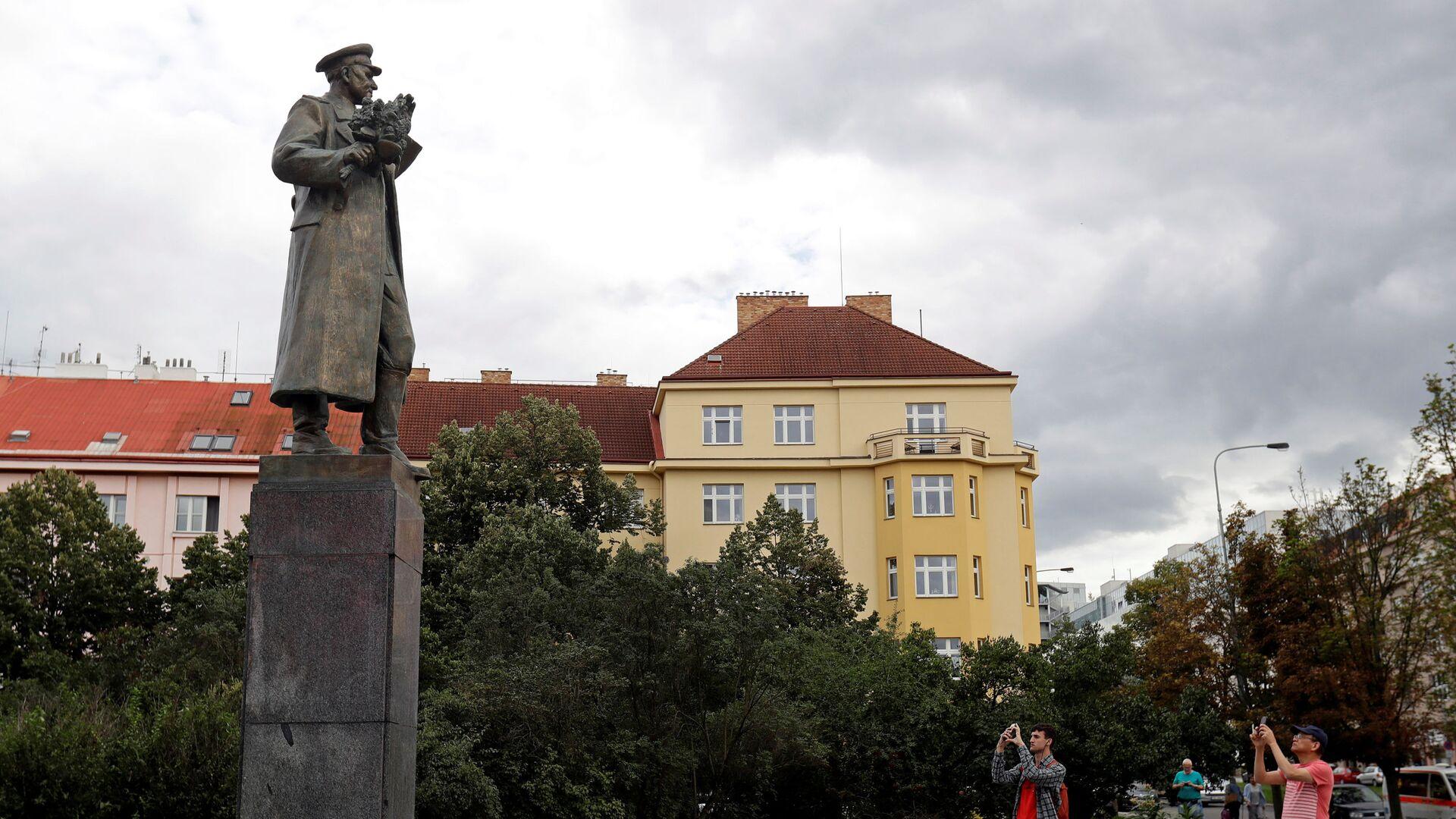 Památník maršála Koněva na Praze 6 - Sputnik Česká republika, 1920, 24.05.2021