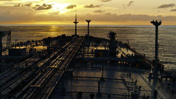 Tanker v moři - Sputnik Česká republika