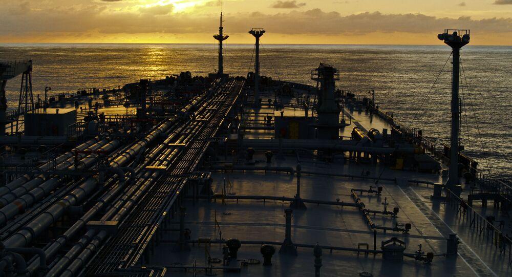 Tanker v moři