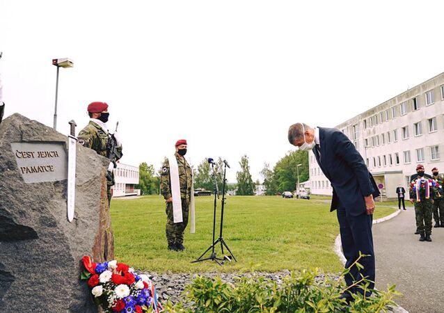 Andrej Babiš uctil památku zesnulých vojáků, kteří zahynuli v Afghánistánu.
