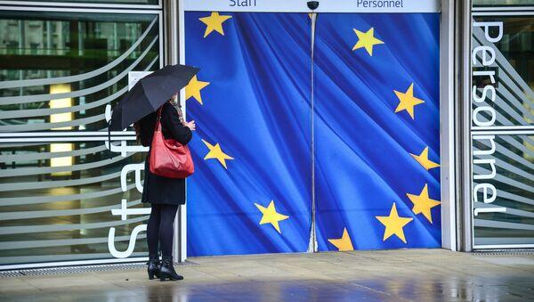 Vchod do budovy Evropské komise v Bruselu. Ilustrační foto - Sputnik Česká republika