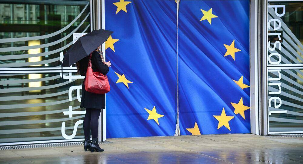 Vchod do budovy Evropské komise v Bruselu. Ilustrační foto