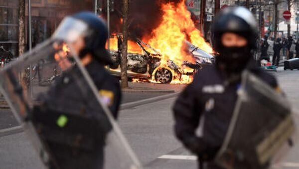 Demonstrace proti Evropské centrální bance ve Frankfurtu - Sputnik Česká republika