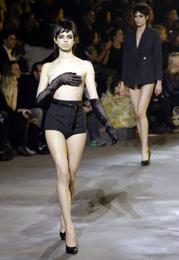 Modelka během týdne módy v New Yorku, USA