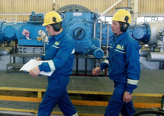 Pracovníci plynové společnosti PGNiG v Polsku