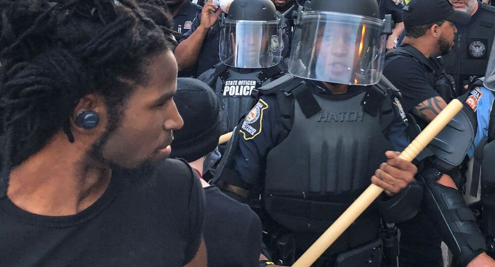 Protesty v USA po smrti v Minneapolisu Afroameričana George Floyda