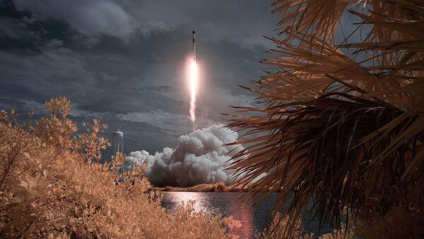 První start kosmické lodi Crew Dragon s posádkou - Sputnik Česká republika