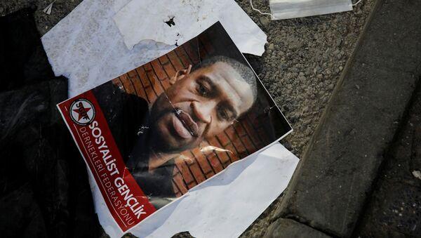 Afroameričan George Floyd zavražděný policií - Sputnik Česká republika