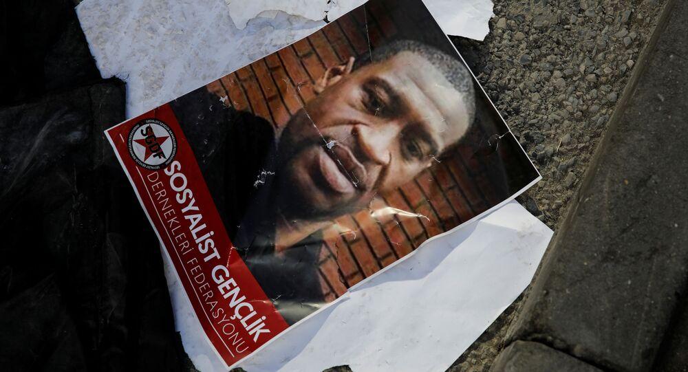 Afroameričan George Floyd zavražděný policií