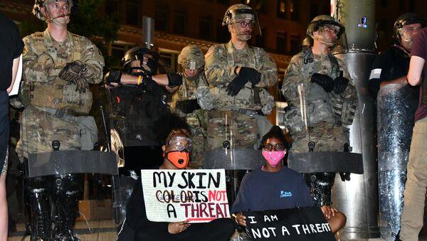 Protesty v USA - Sputnik Česká republika