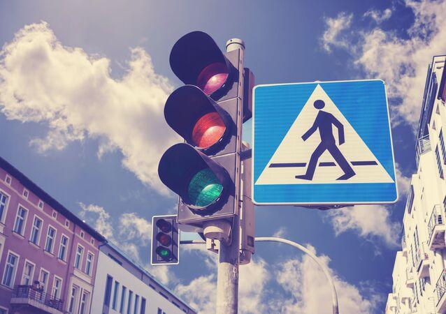 Semafor ve městě. Ilustrační foto