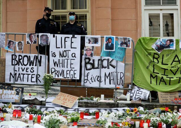 Protesty proti policejnímu násilí v Praze