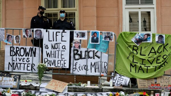 Protesty proti policejnímu násilí v Praze - Sputnik Česká republika