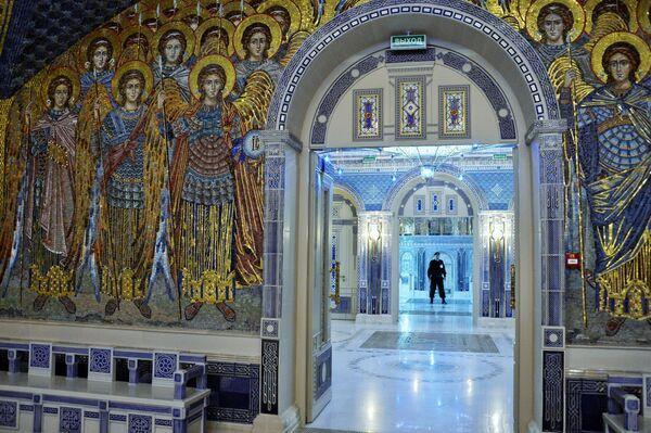 Interiér hlavního chrámu Ozbrojených sil Ruské federace v parku Patriot, Moskevská oblast. - Sputnik Česká republika