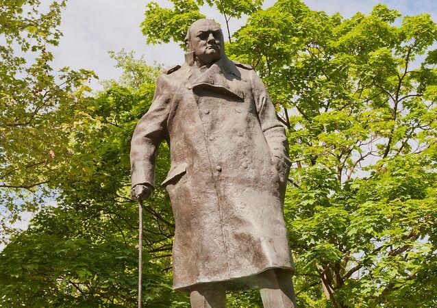 Pomník Winstonu Churchillovi v Praze
