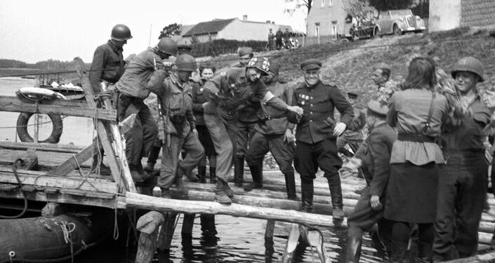 Setkání sovětských a amerických vojsk u Labe v Torgau