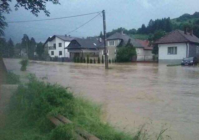 Slovenští hasiči bojovali s nepříznivým počasím