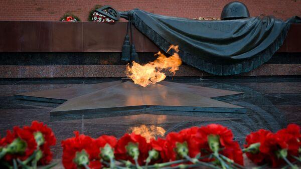 Hrob neznámého vojáka. Kreml - Sputnik Česká republika