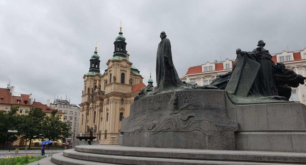 Pomník mistra Jana Husa, Staroměstské náměstí, Praha