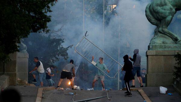 Nepokoje v Bělehradě - Sputnik Česká republika