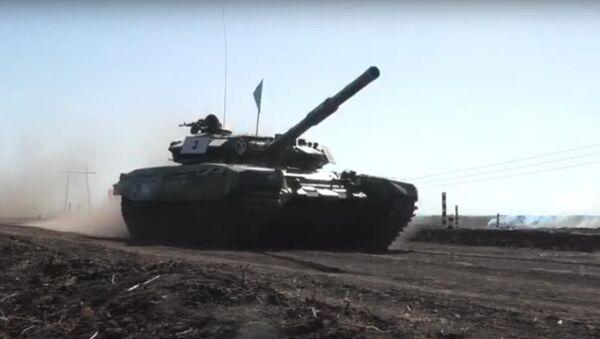 Tankový biatlon na Donbasu - Sputnik Česká republika