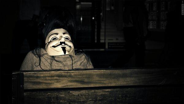 Maska Anonymous - Sputnik Česká republika