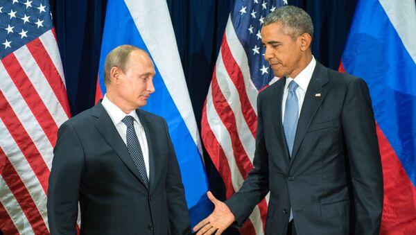 Ruský prezident Vladimír Putin a americký prezident Barack Obama uspořádali v pondělí večer první dvoustrannou schůzku za poslední dva roky - Sputnik Česká republika