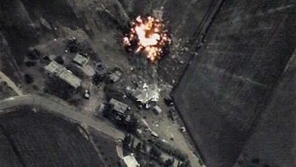 Bodové údery ruské letecké skupiny po objektech teroristické organizace ISIL v Sýrii. - Sputnik Česká republika