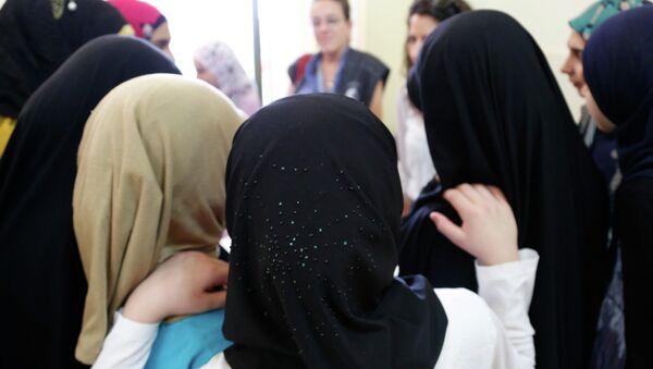 Ženy v hidžábu - Sputnik Česká republika