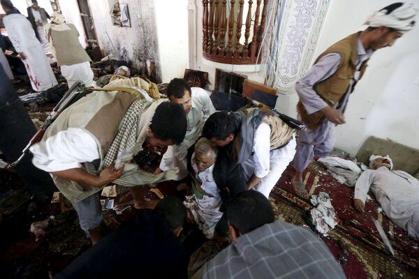 Exploze v jemenských mešitách - Sputnik Česká republika