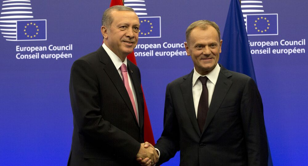 Turecký prezident Recep Tayyip Erdoğan a předseda Evropské rady Donald Tusk