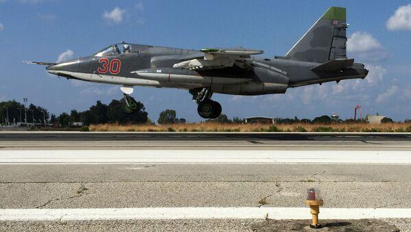 Su-25 na základně Hmeimim - Sputnik Česká republika