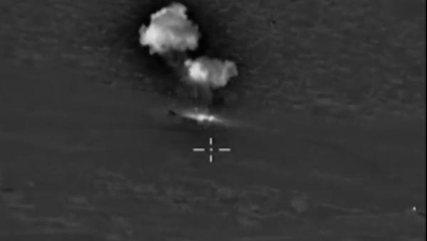 Ruská letadla zasadila úder skladišti paliv a maziv IS - Sputnik Česká republika