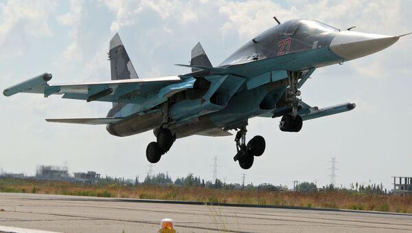 Stíhačka Su-34 v Sýrii - Sputnik Česká republika