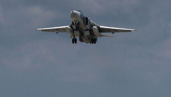 Su-24 v Sýrii - Sputnik Česká republika