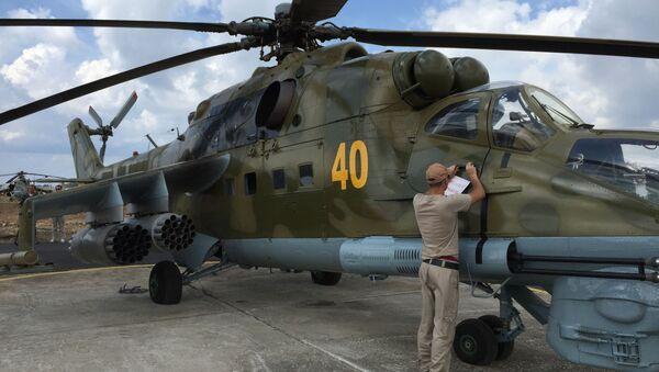 Ruský vrtulník Mi-24 v Sýrii - Sputnik Česká republika