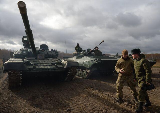 Tank T-72 během zkoušky