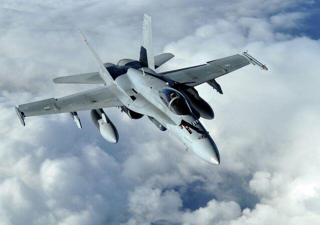 F-18 Hornet. Ilustrační foto