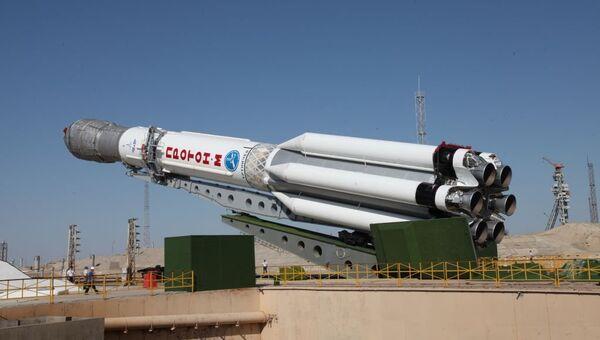 Nosná raketa Proton-M - Sputnik Česká republika