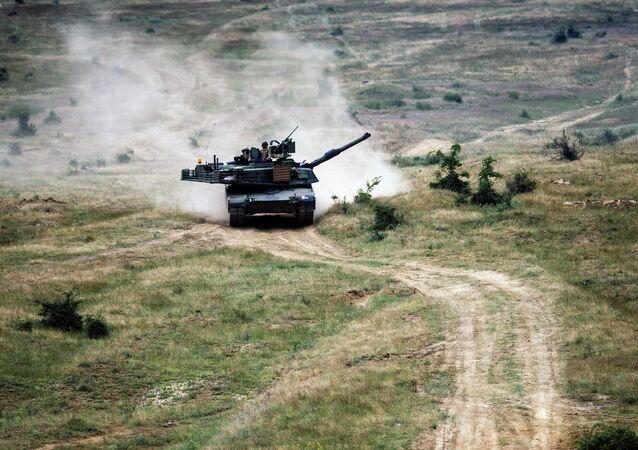 M1A2 Abrams během cvičení. Ilustrační foto
