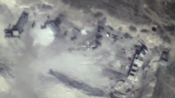 Likvidace podzemního bunkru teroristů v provincii Hamá. VIDEO - Sputnik Česká republika