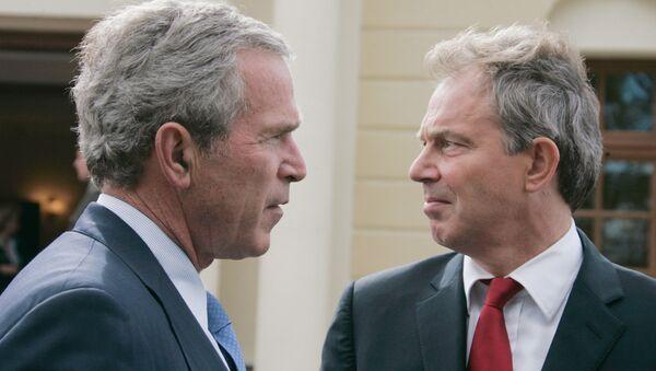 Bývalý americký prezident George Bush a bývalý britský premiér Tony Blair - Sputnik Česká republika