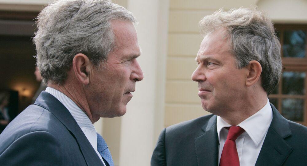 Bývalý americký prezident George Bush a bývalý britský premiér Tony Blair